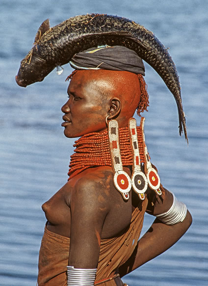 Carol Beckwith & Angela Fisher, Turkana Woman, digital print on Hahnemühle photo rag, 70 x 50 cm, edition of 10